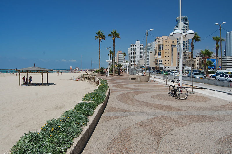Gordon Beach in Tel Aviv