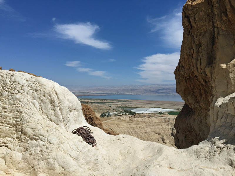 Fabulous views - Slowly going down - Rappelling at Qumran