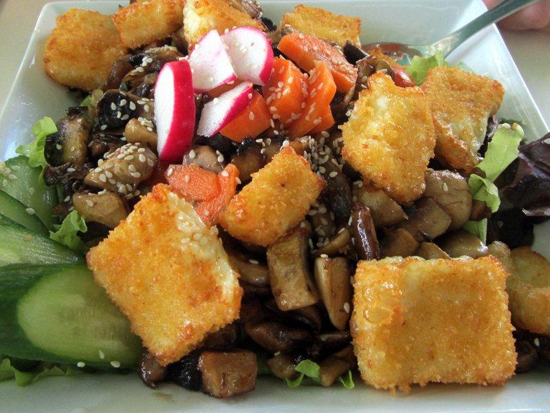 Halumi Salad - The Tastiest Salad Ever